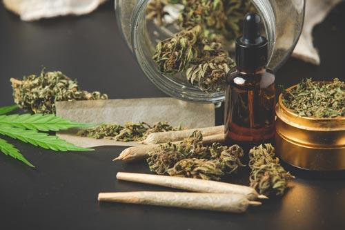 olej cbd obok marihuany
