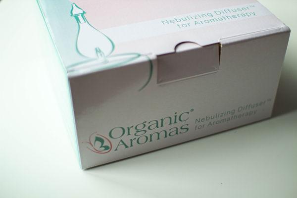 dyfuzor nebulizujący do aromaterapii Organic Aromas - pudełko